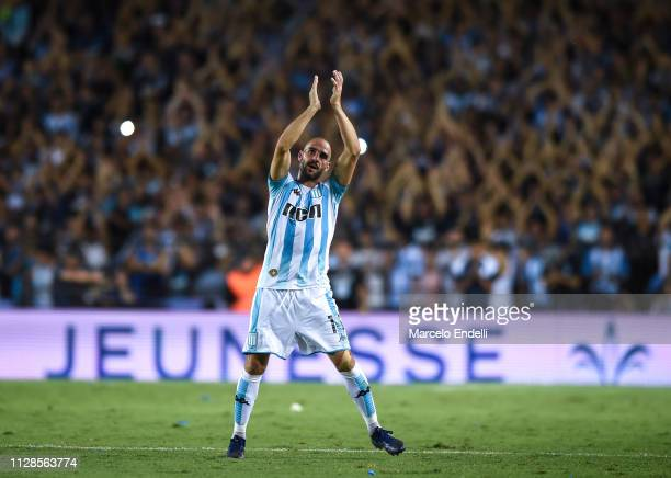Lisandro Lopez of Racing Club greets the fans after leaving the pitch during a match between Racing Club and Estudiantes as part of Superliga 2018/19...