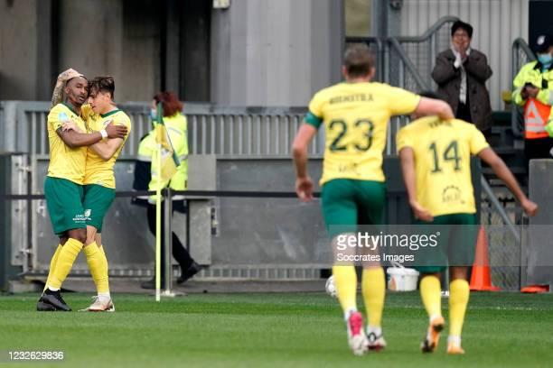Lisandro Semedo of Fortuna Sittard celebrates 1-0 with Lazaros Rota of Fortuna Sittard during the Dutch Eredivisie match between Fortuna Sittard v Fc...