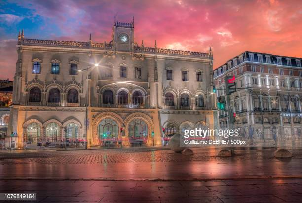 lisbon by night - guillaume debre stock pictures, royalty-free photos & images