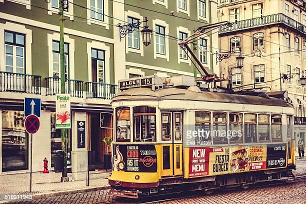 リスボンの街並み - フォゲイラ広場 ストックフォトと画像
