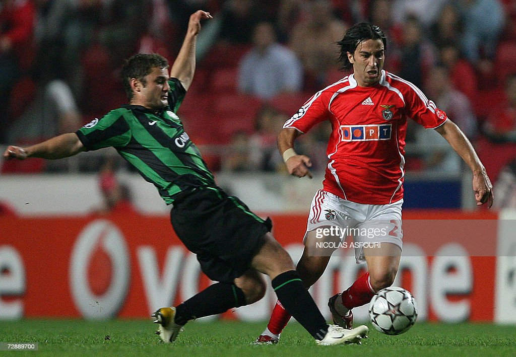 Celtic's Shaun Maloney (L) vies with Benfica's Nuno Assis (R) during their Champions League groupe F football match at Luz Stadium in Lisbon 01 November 2006. Celtic FC plays against SL Benfica.