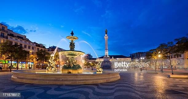 リスボン,ポルトガル - ロッシオ広場 ストックフォトと画像