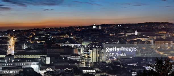lisbon sunset from nossa senhora do monte - statua di cristo re foto e immagini stock