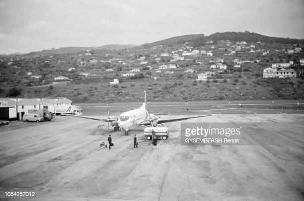 Lisbonne Portugal janvier 1990 Un avion sur l'aire de stationnement de l'aéroport