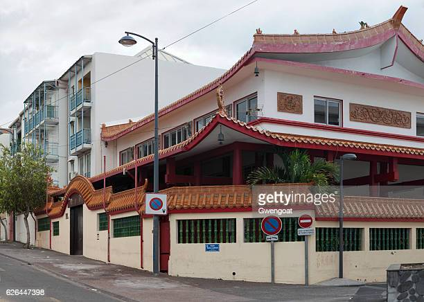 lisi tong temple in saint denis - gwengoat stock pictures, royalty-free photos & images