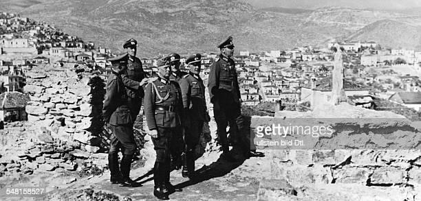 List Wilhelm *14051880 Offizier D Generalfeldmarschall seit 1940 als Oberbefehlshaber der Suedostarmee bei der Besichtigung der alten venezianischen...