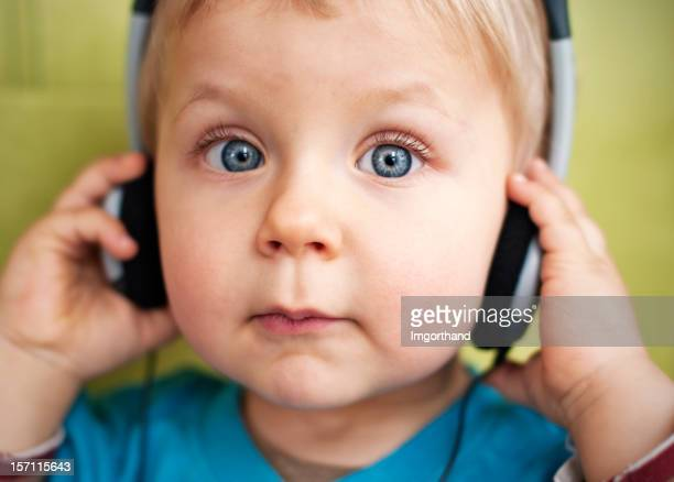 Escucha la música