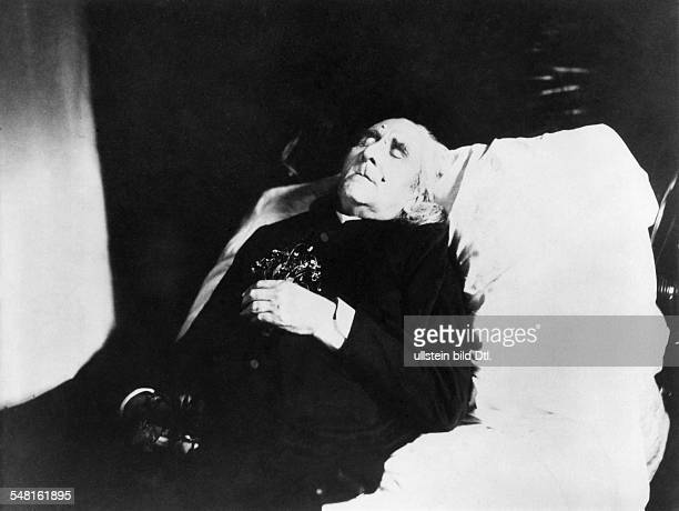 Liszt Franz *2210181131071886 Composer Pianist Conductor Writer Hungary on his deathbed 1886 Photographer Hans Brand Bayreuth Vintage property of...