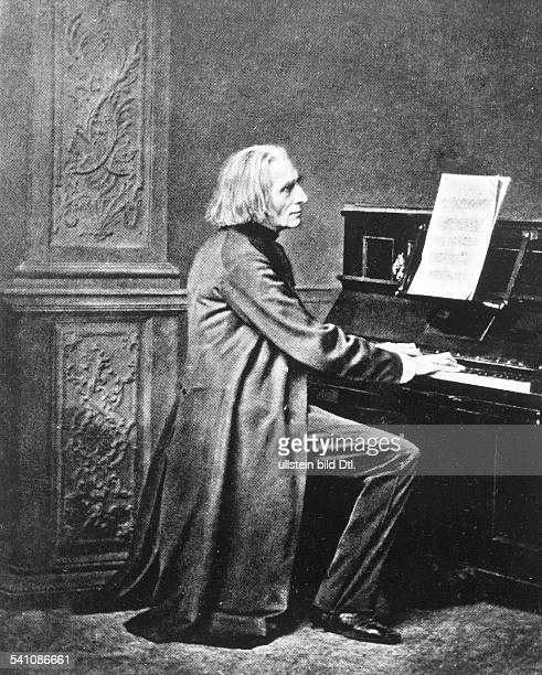Liszt Franz *2210181131071886Composer pianist conductor writer Hungaryon the piano drawing by Franz Hanfstaengl