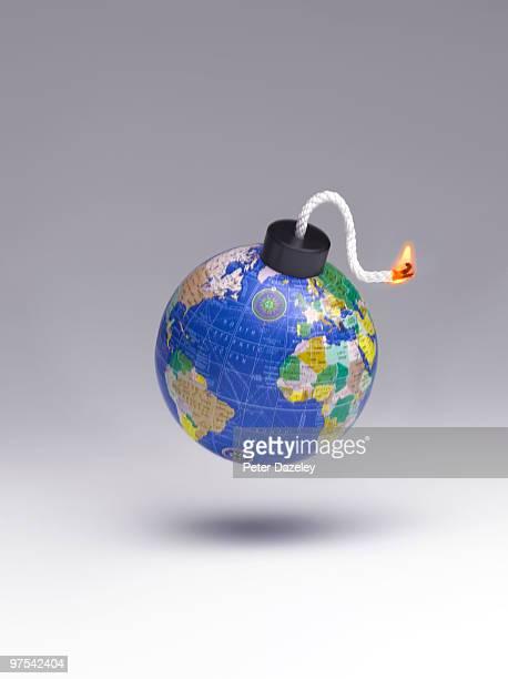 Lit global bomb