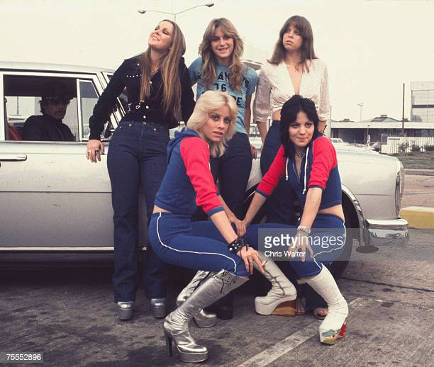 Lita Ford Sandy West Jackie Fox Cherie Currie and Joan Jett of The Runaways 1976