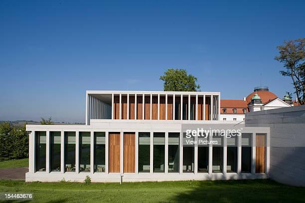 Literature Museum De Modern Stuttgart Germany Architect David Chipperfield Literature Museum De Modern East Elevation With The Old Building Behind