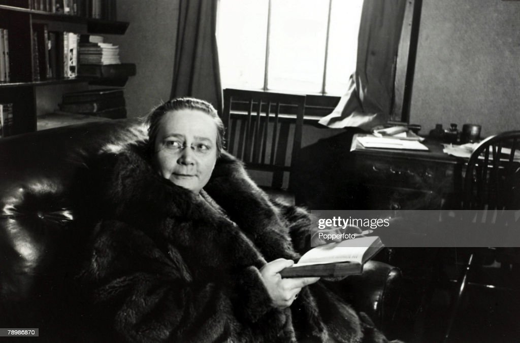 Literature Personalities. pic: 1939. Miss Dorothy L. Sayers, (1893-1957) the English detective story writer pictured at the Detection Club, London. : News Photo