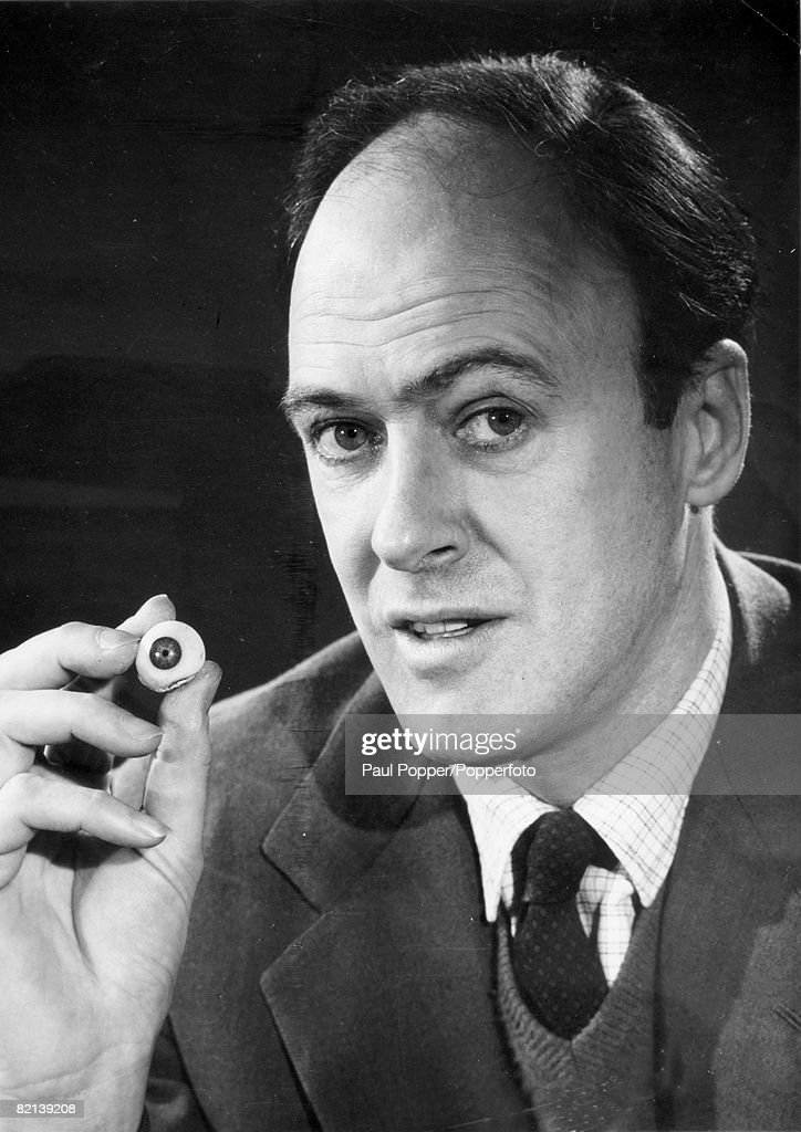 circa 1970, Roald Dahl, (1916-1990) the husband of Patricia Neal, Roald Dahl the British author was famous as a short story writer and playwright and he specialized in tales of the macabre, but also children's books