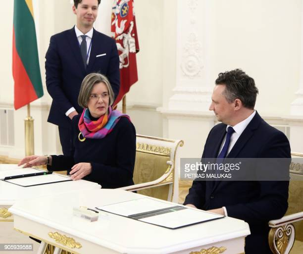 Lithuanian Chief Archivist Ramojus Kraujelis and the head of the Political Archives of the German Ministry of Foreign Affairs Professor Baroness Elke...