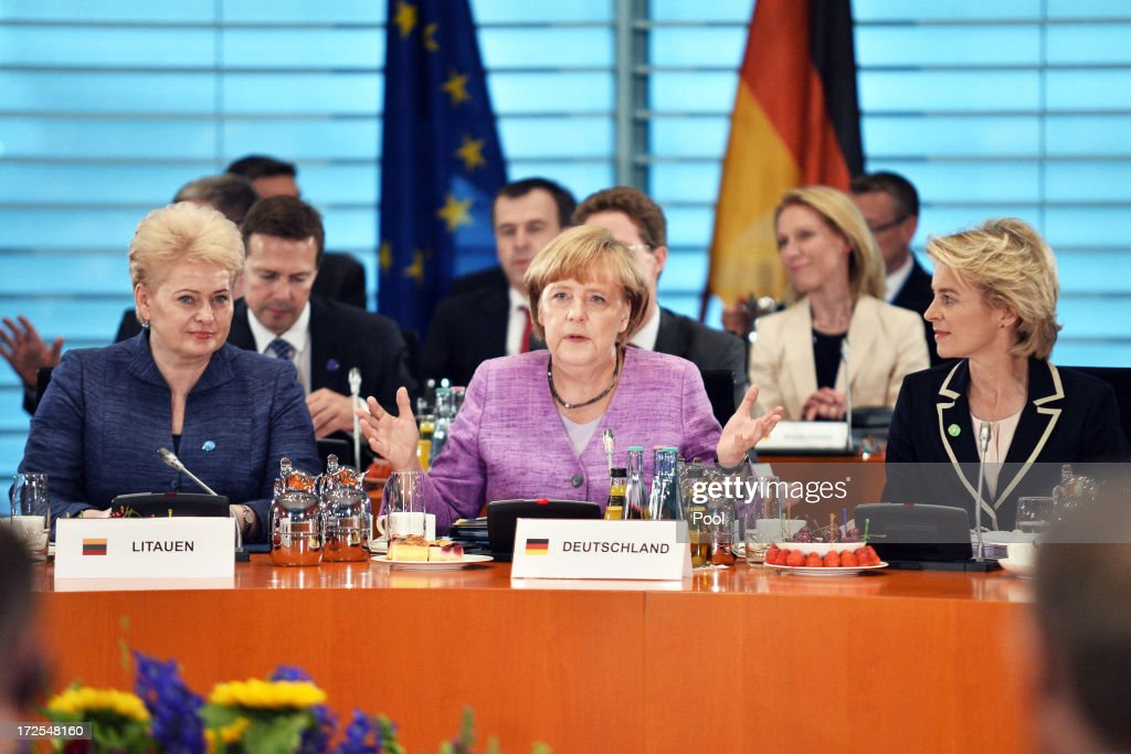 Merkel Hosts European Youth Unemployment Summit