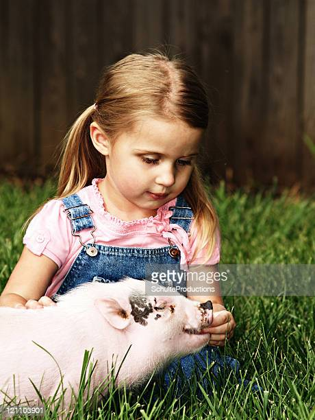Litlle Girl and Pig
