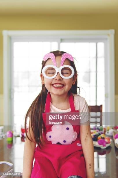 little 5 years old girl wearing funny rabbit glasses - dirty easter stock pictures, royalty-free photos & images