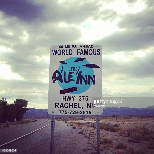 little a'le'inn in nevada - area 51 stock pictures, royalty-free photos & images
