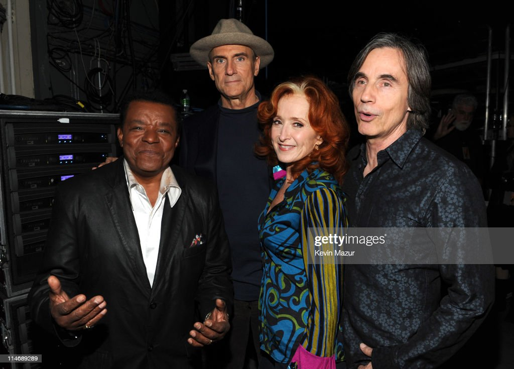*EXCLUSIVE* Little Anthony, James Taylor, Bonnie Raitt and Jackson Browne attends the 25th Anniversary Rock & Roll Hall of Fame Concert at Madison Square Garden on October 29, 2009 in New York City.