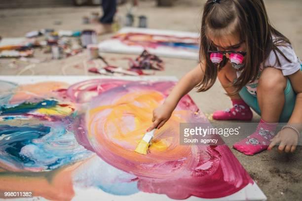 little artista - arte - fotografias e filmes do acervo