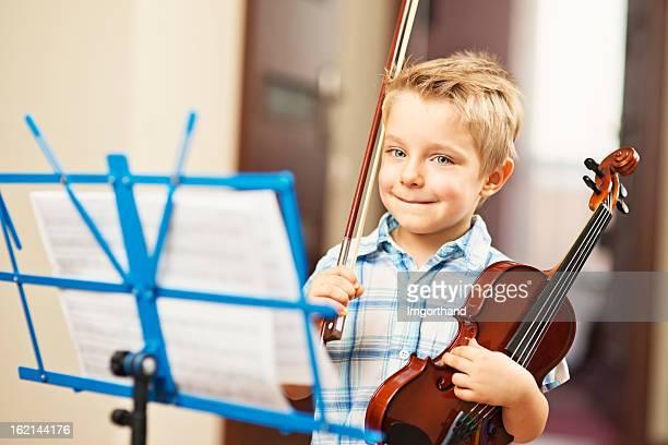 Little boy und Geige