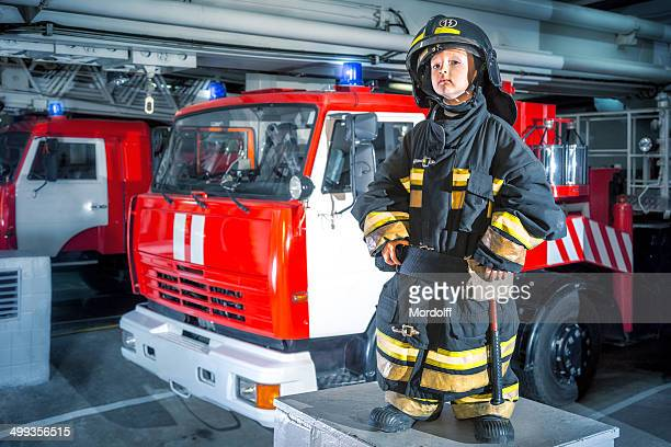 Petit garçon pompier