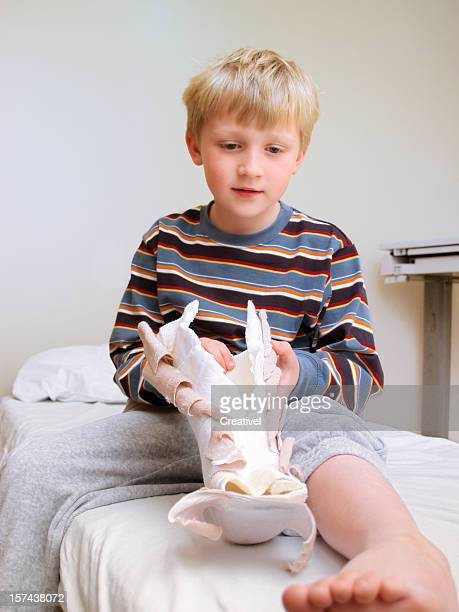 Little boy with cast