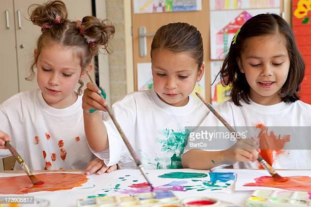 Petits enfants, peindre