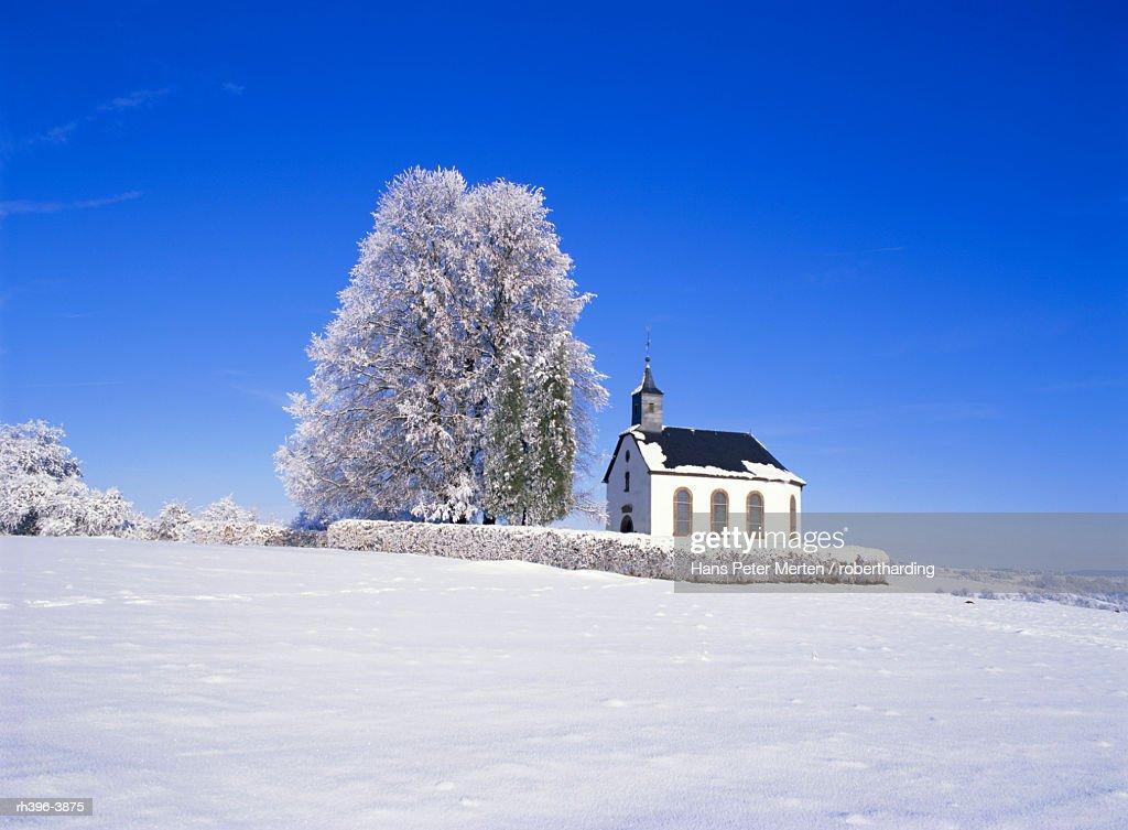 Little church near Losheim, Saarland, Germany, Europe : Stockfoto