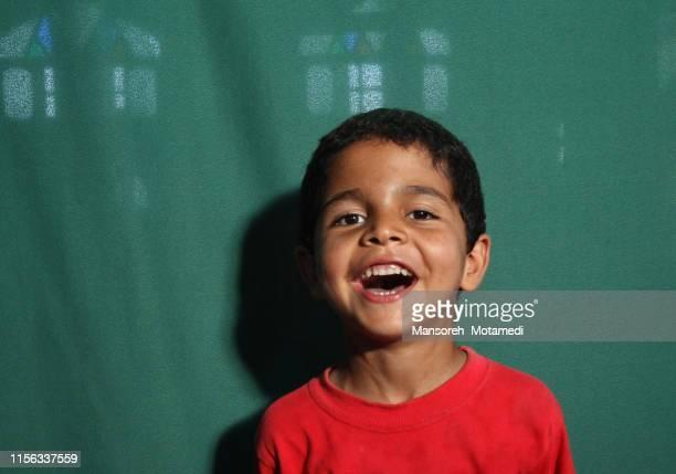 little cute boy - cerca de fotografías e imágenes de stock