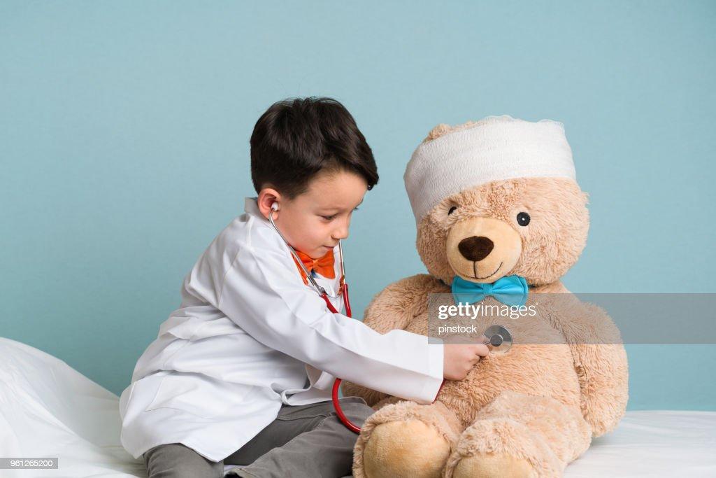 Wenig Arzt : Stock-Foto