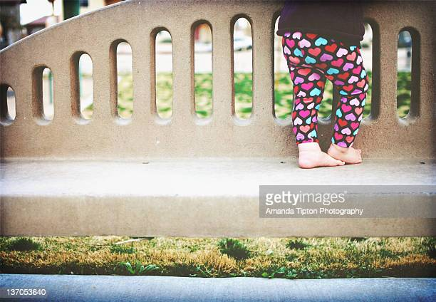 little feet on fence - amanda and amanda stock pictures, royalty-free photos & images