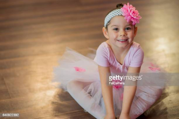 little girl at a ballet recital - performing arts center stock pictures, royalty-free photos & images