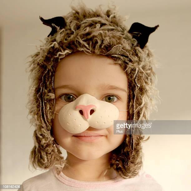 niña vestido de disfraz de gato - fete fotografías e imágenes de stock