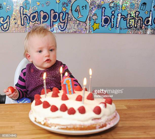 Awe Inspiring 60 Top Boys First Birthday Cake Pictures Photos And Images Funny Birthday Cards Online Kookostrdamsfinfo