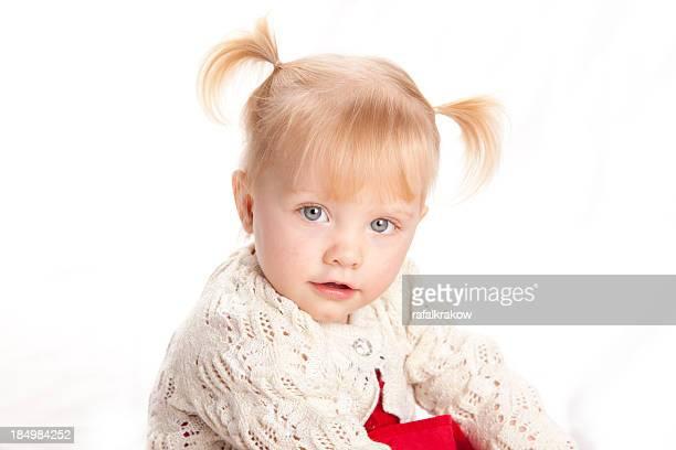 little niña - cola de caballo cabello recogido fotografías e imágenes de stock