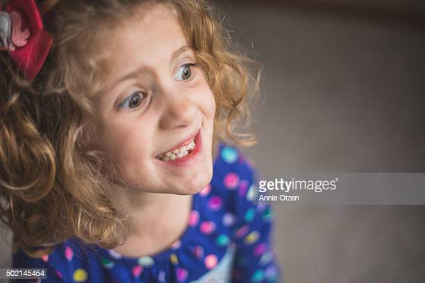 little girl with missing tooth - tooth fairy stock pictures, royalty-free photos & images