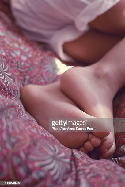Little girl's feet