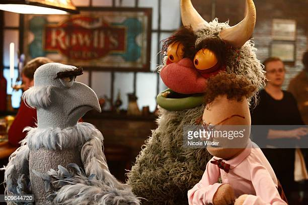 """Little Green Lie"""" - Sparks fly when Kermit and Miss Piggy pretend that they are back together for the sake of Kermit's impressionable nephew Robin...."""