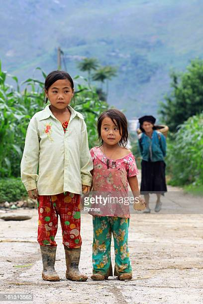 Little H'Mong Girls back from farming, Meo Vac,