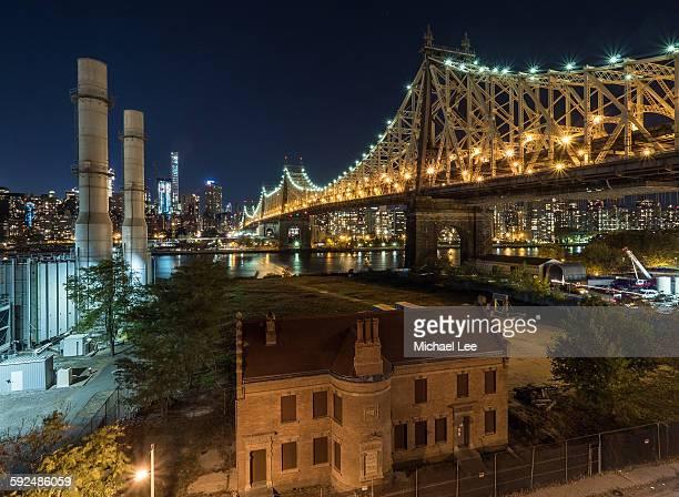 Little House Under the Bridge - New York