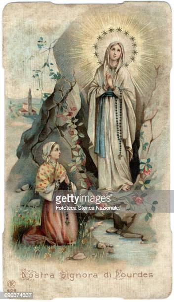 Little italian devotional image, depicting the moment of the apparition to Bernadette Soubirous in the cave of Massabieille, the February 11, 1858....