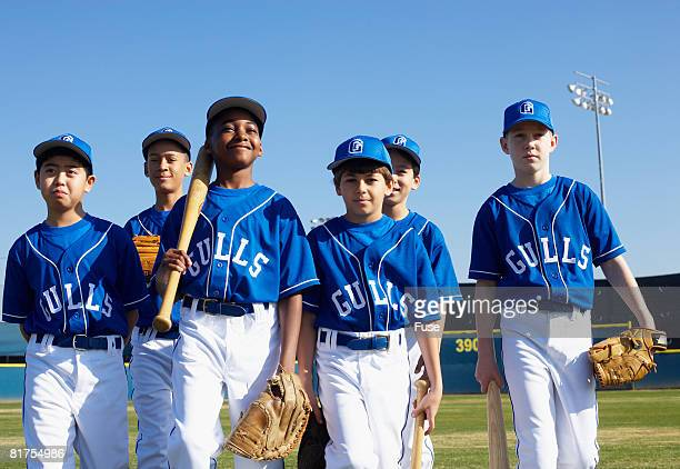 little league team - baseball team stock pictures, royalty-free photos & images