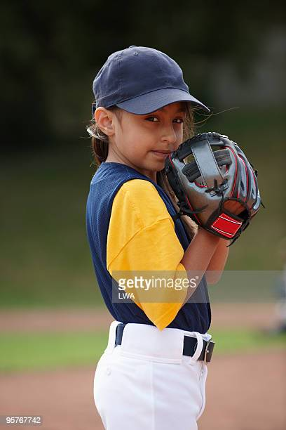 little leaguer pitching - baseball pitcher stock pictures, royalty-free photos & images