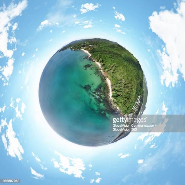 little planet perspective above greenish landscape on phu quoc island, vietnam - formato de pequeno planeta - fotografias e filmes do acervo
