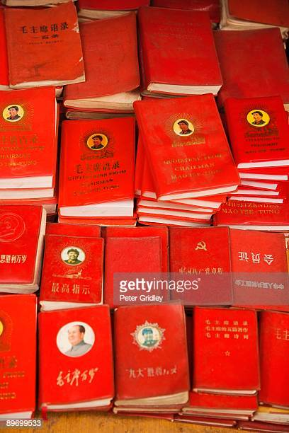 little red books - mao tse tung red book stock pictures, royalty-free photos & images