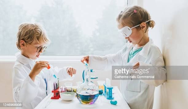 Little Scientists in a Lab