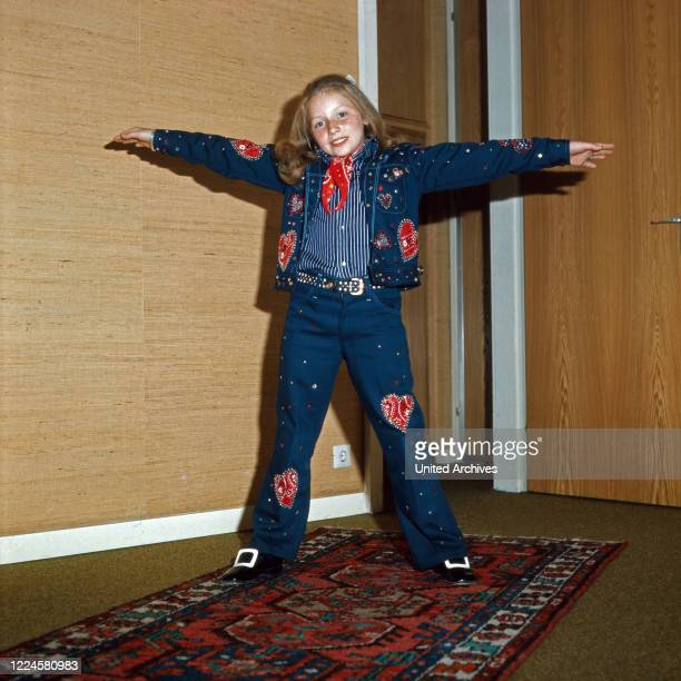 Little singer Lena Zavaroni, a child starlet from Great Britain, Germany, 1970s.