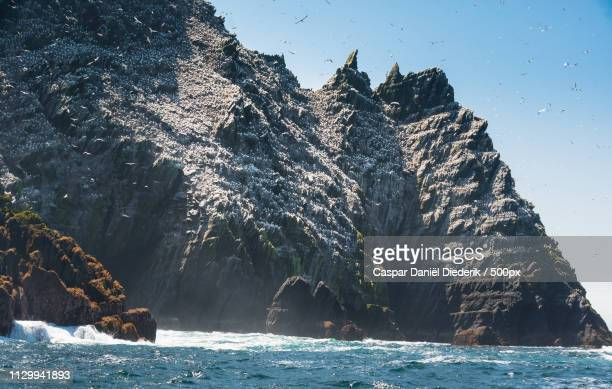 little skellig island this star wars featured mystical island lies on the way to the island of skel - star wars stock pictures, royalty-free photos & images